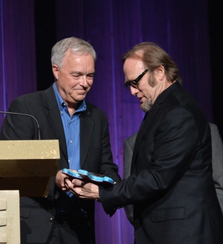 Paulson Stills 321x350 Stephen Stills honored for free speech through music