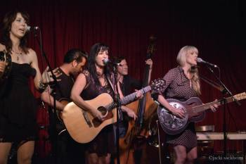 calicohotelcafe 350x233 Calico shines at release party in LA