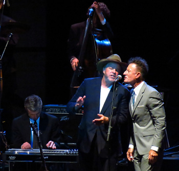 lovett keen 350x335 Review: Robert Earl Keen and Lyle Lovett in concert