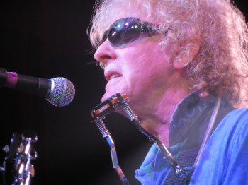 Ian Hunter (photo copyright Ken Paulson)