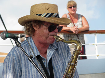 Jimmy Hall, the former lead singer of Wet Willie, was back for the 18th year in a row.